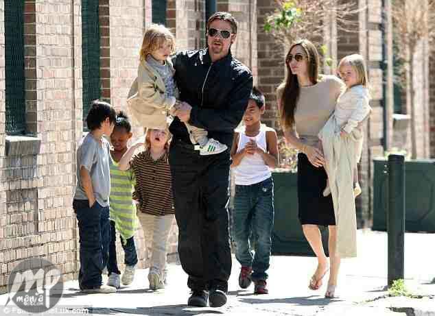 Bradgelina Divorce: Brad Pitt to skip movie premiere to focus on his family