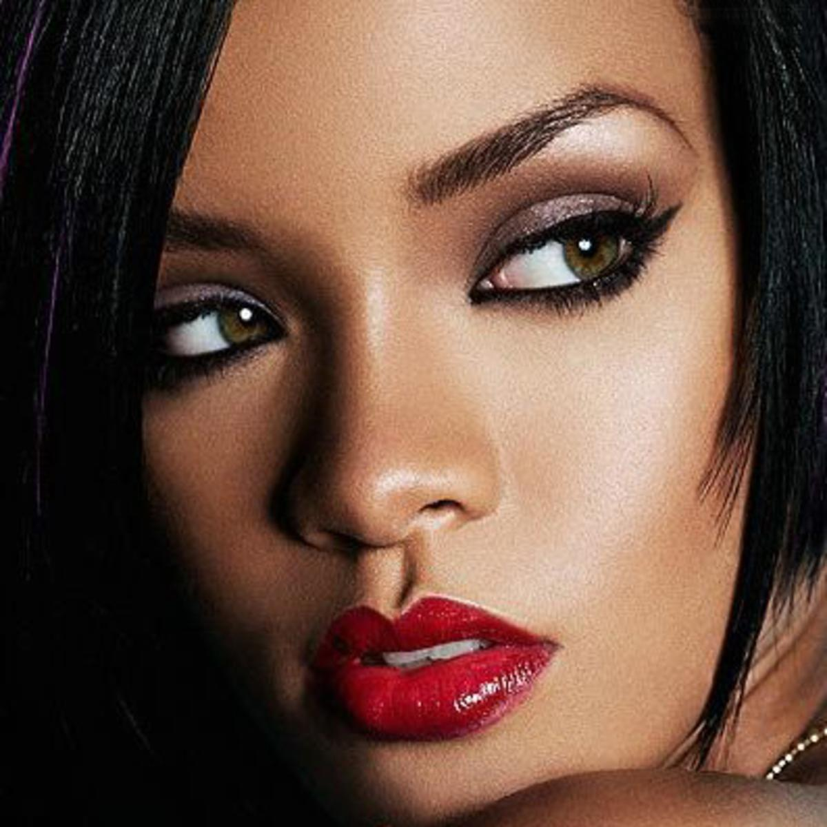 Rihanna Diamonds Audio Lyrics Video Download Mp3 Music Lyrics Music Video